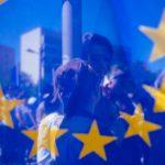 240 tysięcy Europejczyków